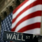 Wall Street renueva máximos con la volatilidad en niveles de 2007