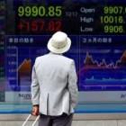 , Asian Stocks Climb to Three-Week High After BOJ Statement